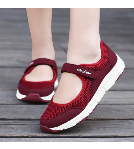 Breathable Mesh Fabric Soft Sneaker